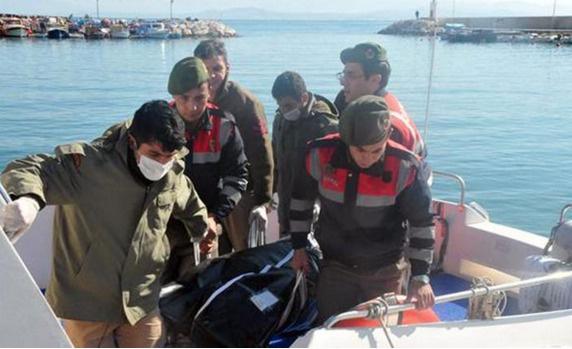 Ege'de bugün 27 mülteci öldü, 362'si ise yoldan çevrildi