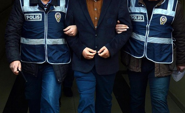 Kumpas davasında bir merkez valisi gözaltında