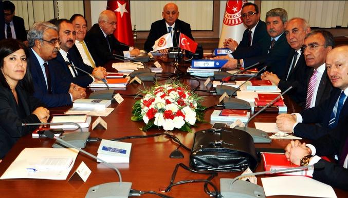 CHP masadan kalktı komisyon dağıldı