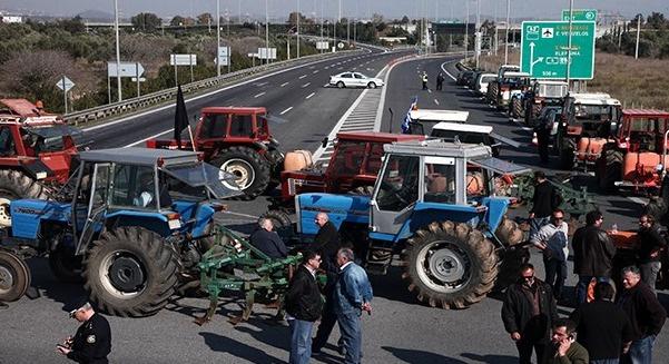 Çiftçilerin sınırdaki eylemi sürüyor