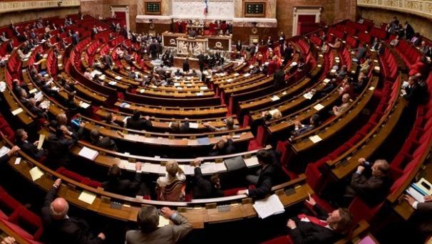 Fransa'daki yabancılara önemli kolaylık