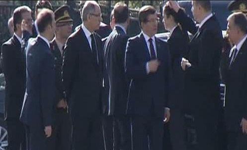 Başbakan Davutoğlu patlama yerinde