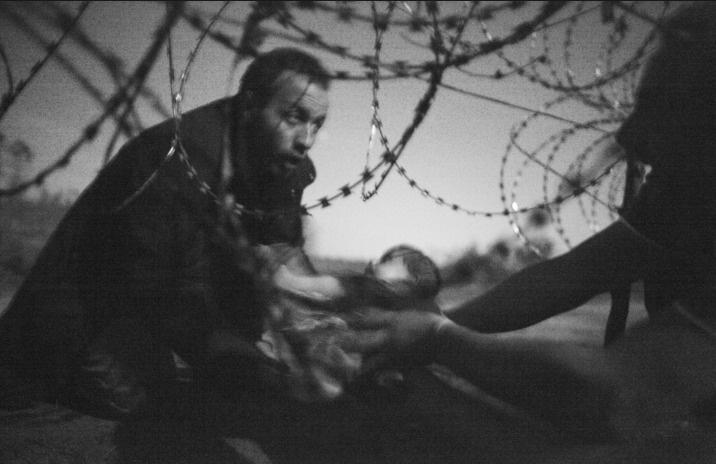 Yılın fotoğraf ödülü mülteci karesine