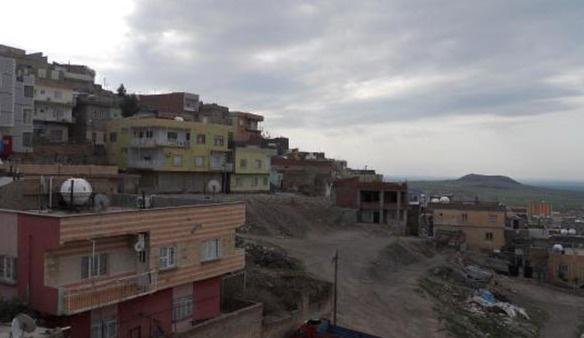 Çukur kazmaya çalışan PKK'lılara müdahale