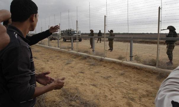 Gazze sınırında göstericilere saldırı