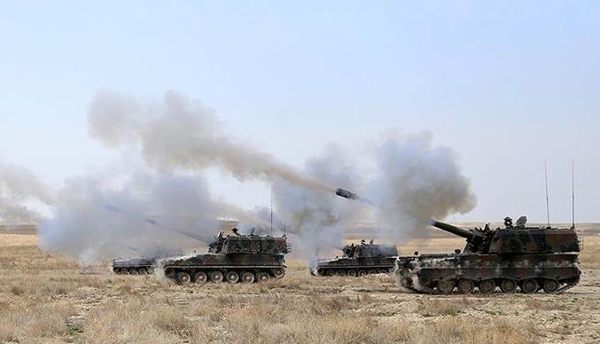 TSK, PYD'yi batıdan vurmaya başladı