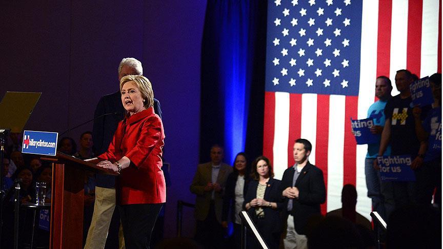Hillary Clinton Güney Carolina'da da kazandı