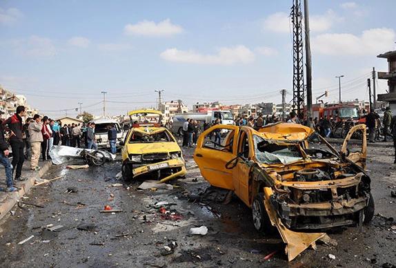 Humus'ta bombalı araçlarla saldırı: 46 ölü