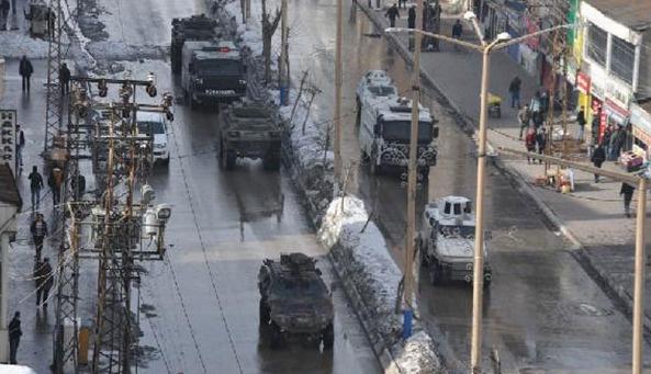 Diyarbakır ve Hakkari'de olaylar