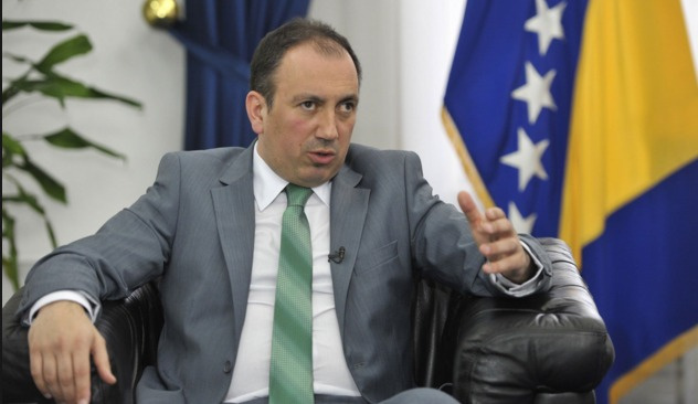 Bosna Dışişleri Bakanı Crnadak İran'da