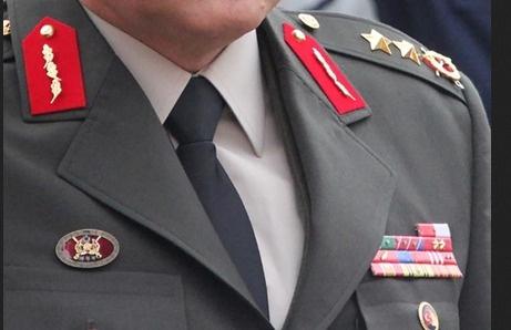 Balyoz sanığı albaylar generalliğe terfi  etti