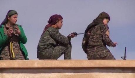 Rusya yanlışlıkla YPG kampını vurdu