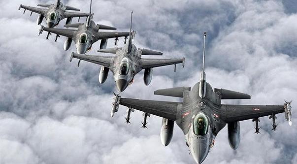 Savaş jetleri iki saat Kandil'i bombaladı