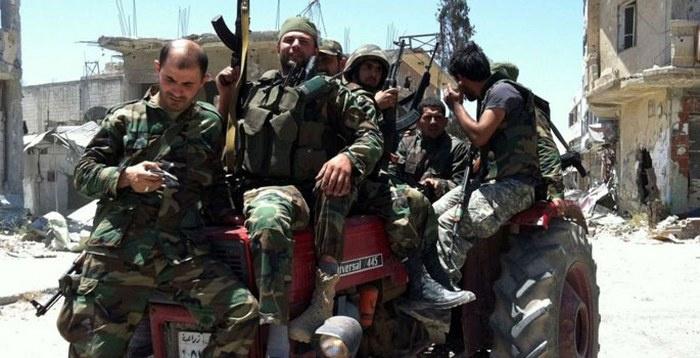 İran Suriye'deki askerlerini azalttı