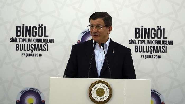 Davutoğlu Bingöllü STK'larla bir araya geldi