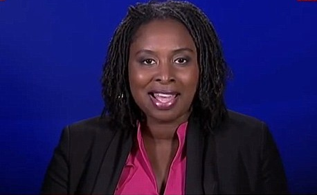 Siyahi milletvekiline temizlikçi muamelesi