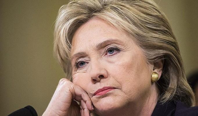 Clinton mağlubiyetten sonra ilk kez konuştu