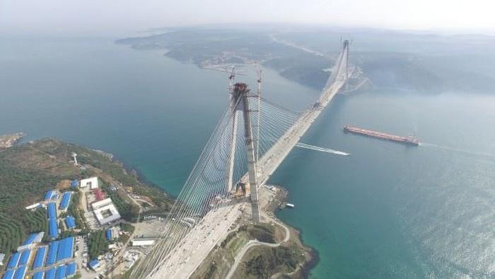 Üçüncü köprüde dokuz metre kaldı