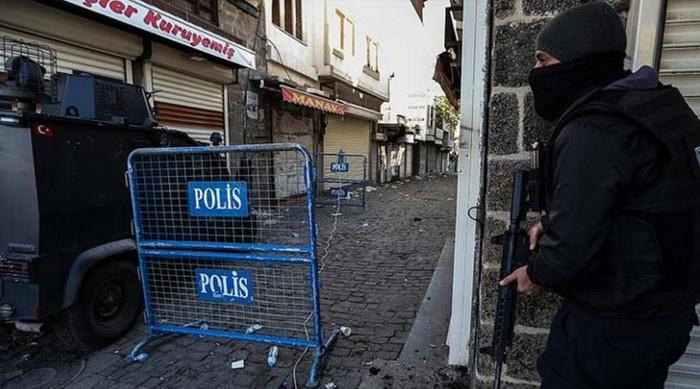 Diyarbakır Valiliği'nden Sur'da yeni karar