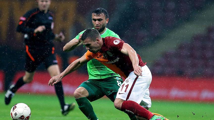 Galatasaray rakibin golüyle yarı finalde