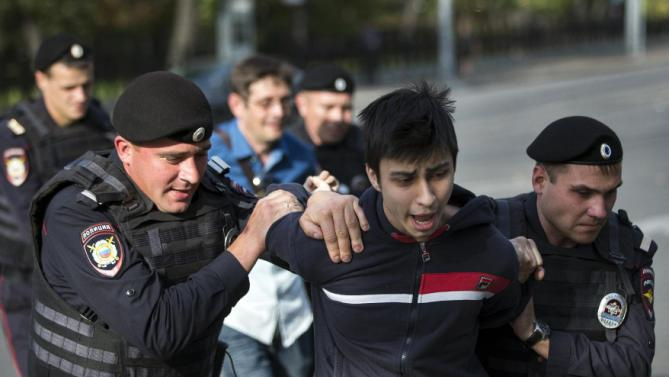 Rusya'da kitlesel gösteriler endişesi