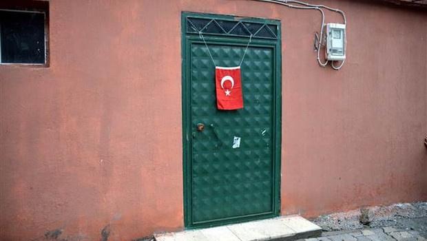 Diyarbakırlı şehit polisin evinde yas