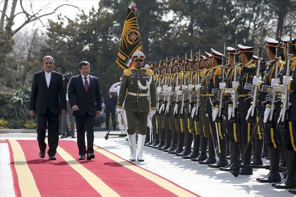 Davutoğlu Suriye gündemiyle İran'da