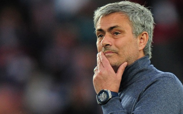 Manchester United, Mourinho'dan vazgeçti