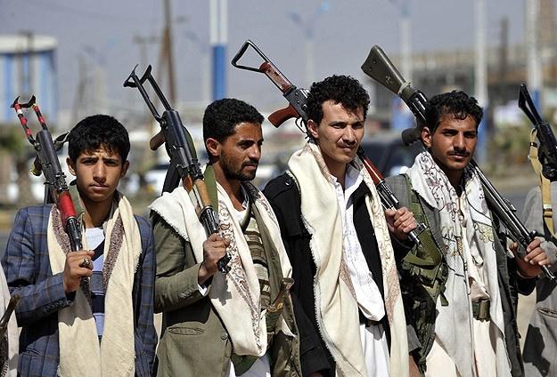 Yemen'deki savaşı bitirecek girişimler