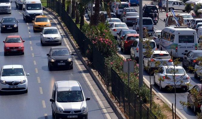 Trafiğe kayıtlı araç sayısı 20 milyonu geçti