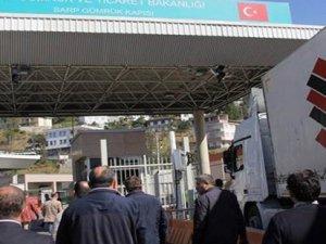 Türk şoförlerden Sarp Sınır Kapısı'nda eylem
