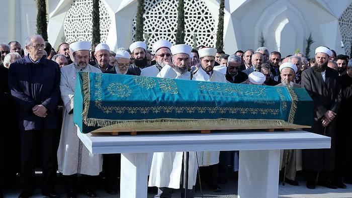 Topaloğlu'nun cenaze namazını Hayrettin Karaman kıldırdı
