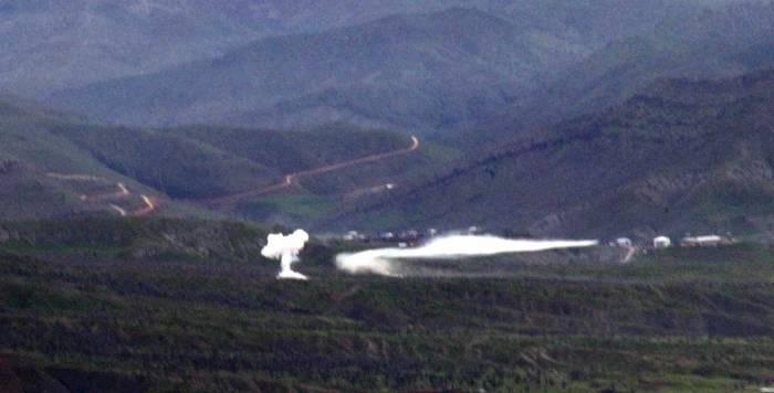 Hakkari'de hava ve karadan bombardıman