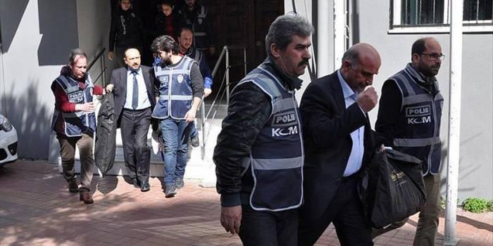 Bir rektör ile iki üst düzey bürokrat tutuklandı