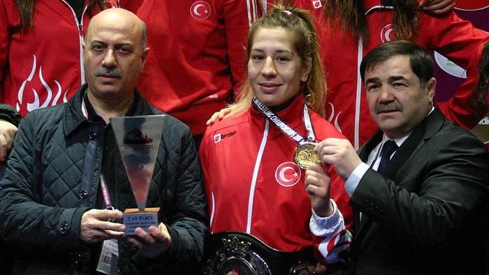 Avrupa Güreş'te iki altın madalya