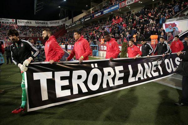 Trabzonspor-Beşiktaş maçında teröre tepki