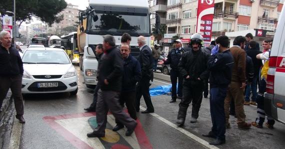 İstanbul Kadıköy'de  kaza: 1 ölü