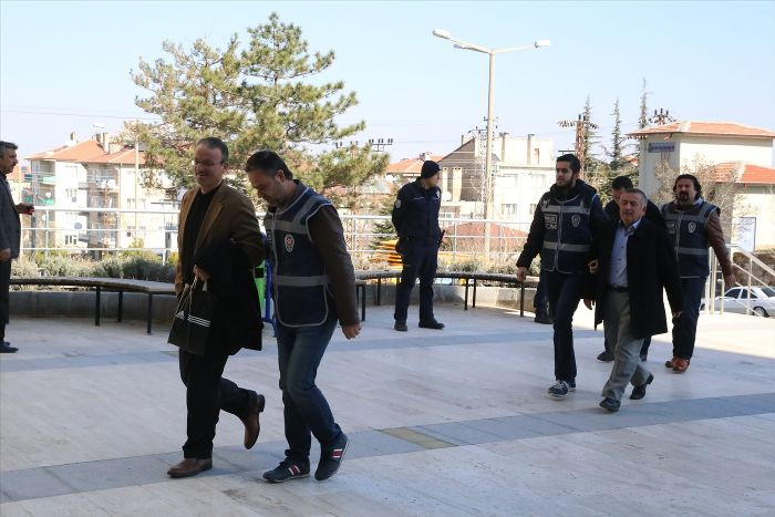 Nevşehir'de iki kişi 'paralel'den tutuklandı