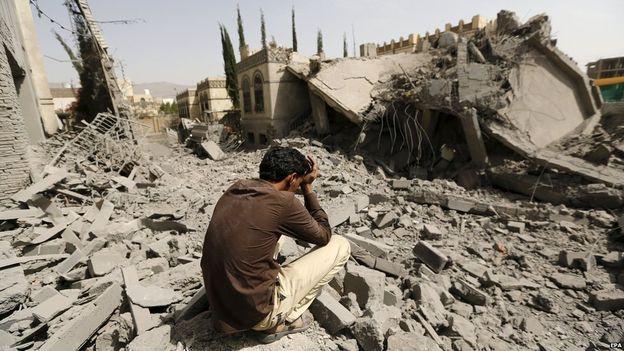 Yemen'de hastaneye saldırı: En az 14 ölü