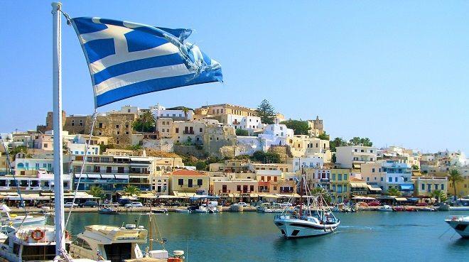 Yunanistan'da Kıbrıs krizi
