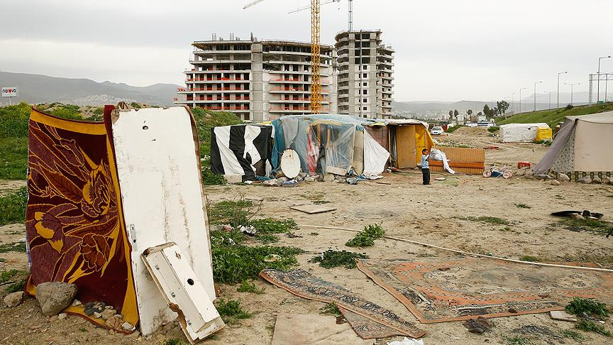 Kamp dışındaki Suriyeliler zor durumda