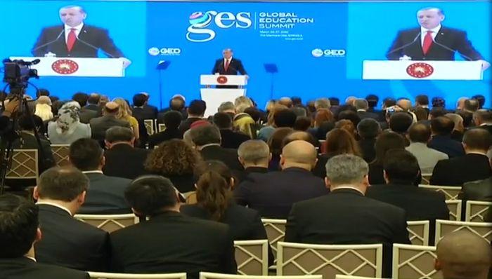 Erdoğan: Özgüveni yüksek bir nesil yetiştirmeliyiz
