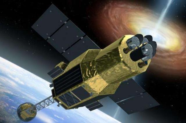 Japon uydusu uzayda kayboldu