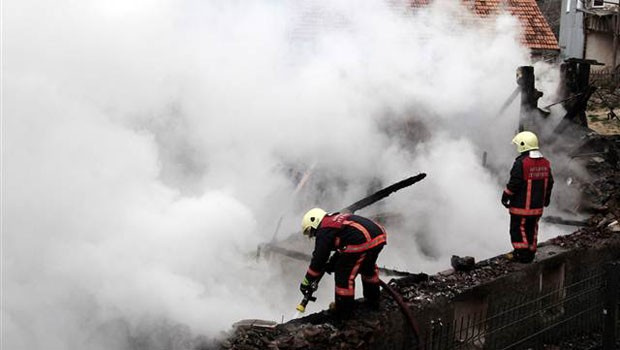 Ankara'da yangın faciası: 3 ölü
