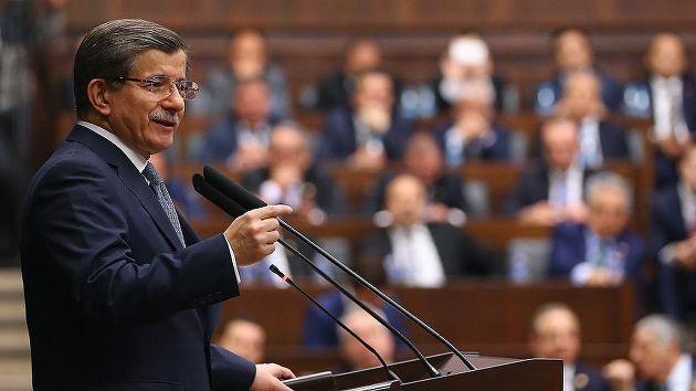 Davutoğlu: HDP kendini teröre ipotek etti