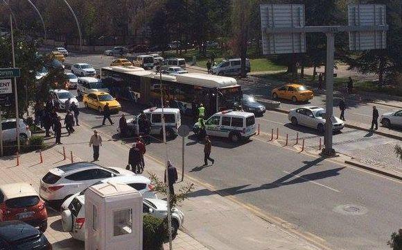 Ankara'da halk otobüsünde bomba paniği