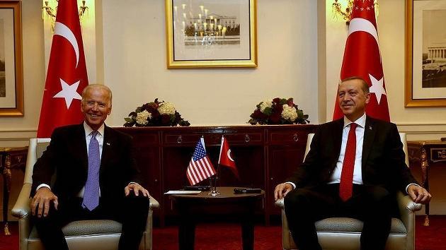 Ankara'da Gülen'in iadesi trafiği başladı