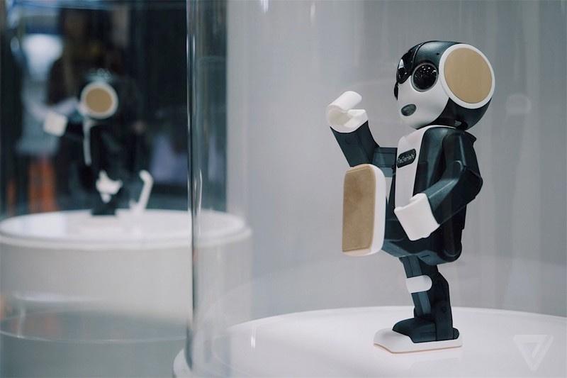 Büyüyebilen robot geliştirildi (1 Nisan Şakası)