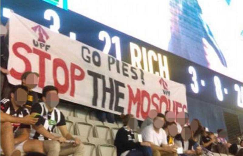 Avustralya'da İslam karşıtı pankart