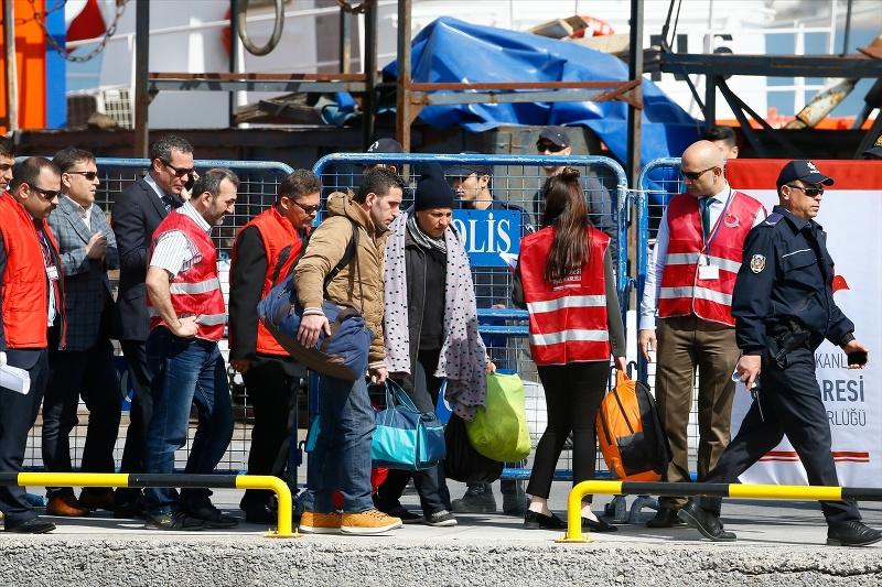 AB mültecilerin dönüşünden memnun